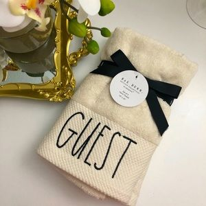 "Rae Dunn | 2 pack ""Guest"" Hand Towels NWT"